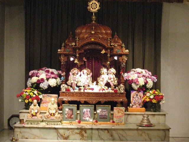 Iskcon Louis Main Altar