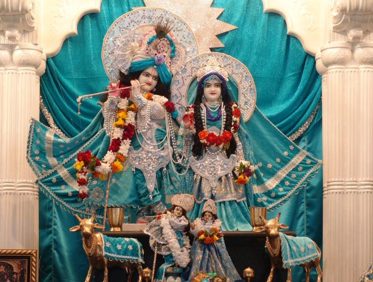 Sri Sri Radha Gokulananda