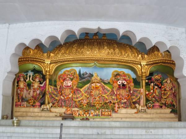 ISKCON Habibpur Main Altar