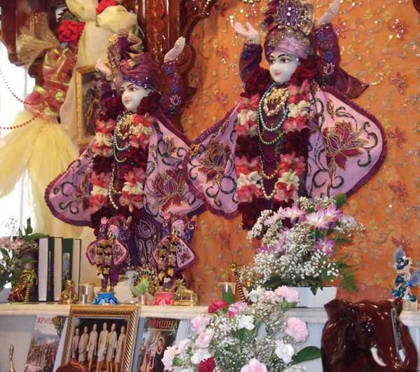 Sri Sri Nitai Gauranga