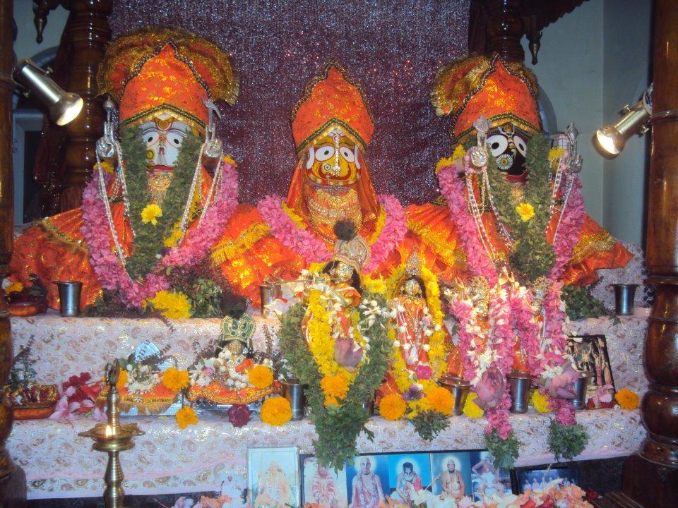 Iskcon Parassala Main Altar