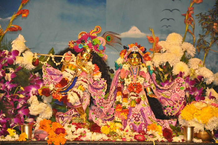 ISKCON New Delhi Dwarka - Main Deities